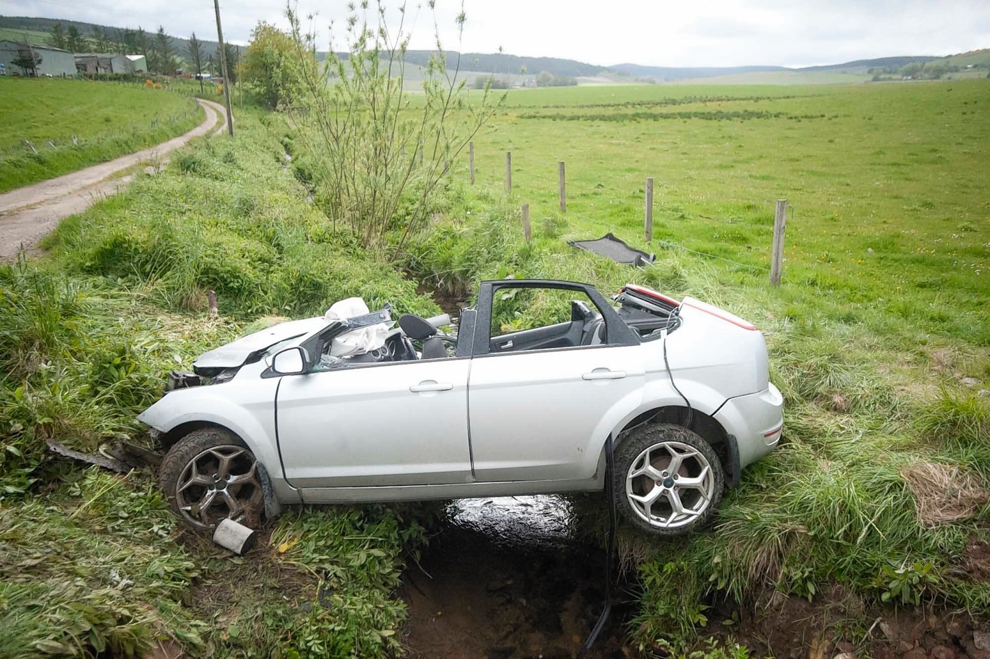 Man airlifted to ari following crash on aberdeenshire road for Alford motors used cars