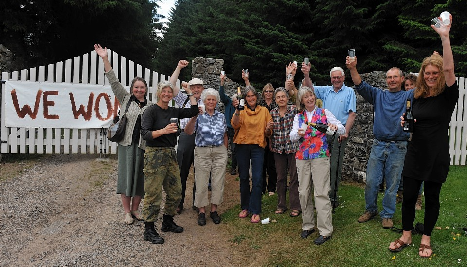 Victorious windfarm protestors pop champagne to celebrate refusal of Druim  Ba windturbine development
