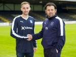 Dundee manager Paul Hartley welcomes new signing Nick Ross to Dens.