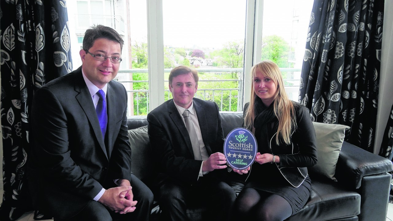 Luxury apartment in aberdeen wins 5 star award press and for Five star motors aberdeen