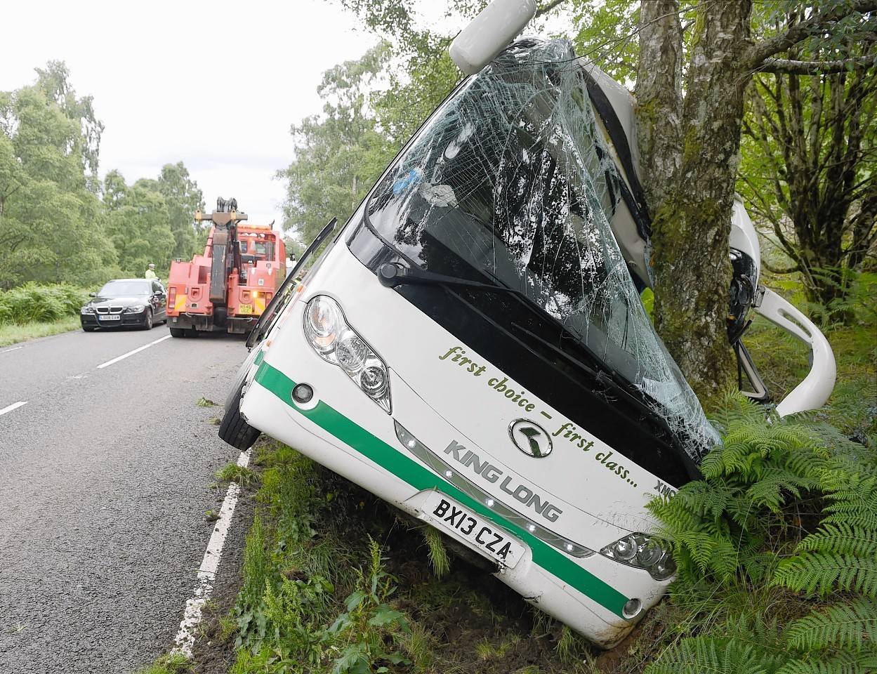 Bus crash on the A82 Fort Augustus road