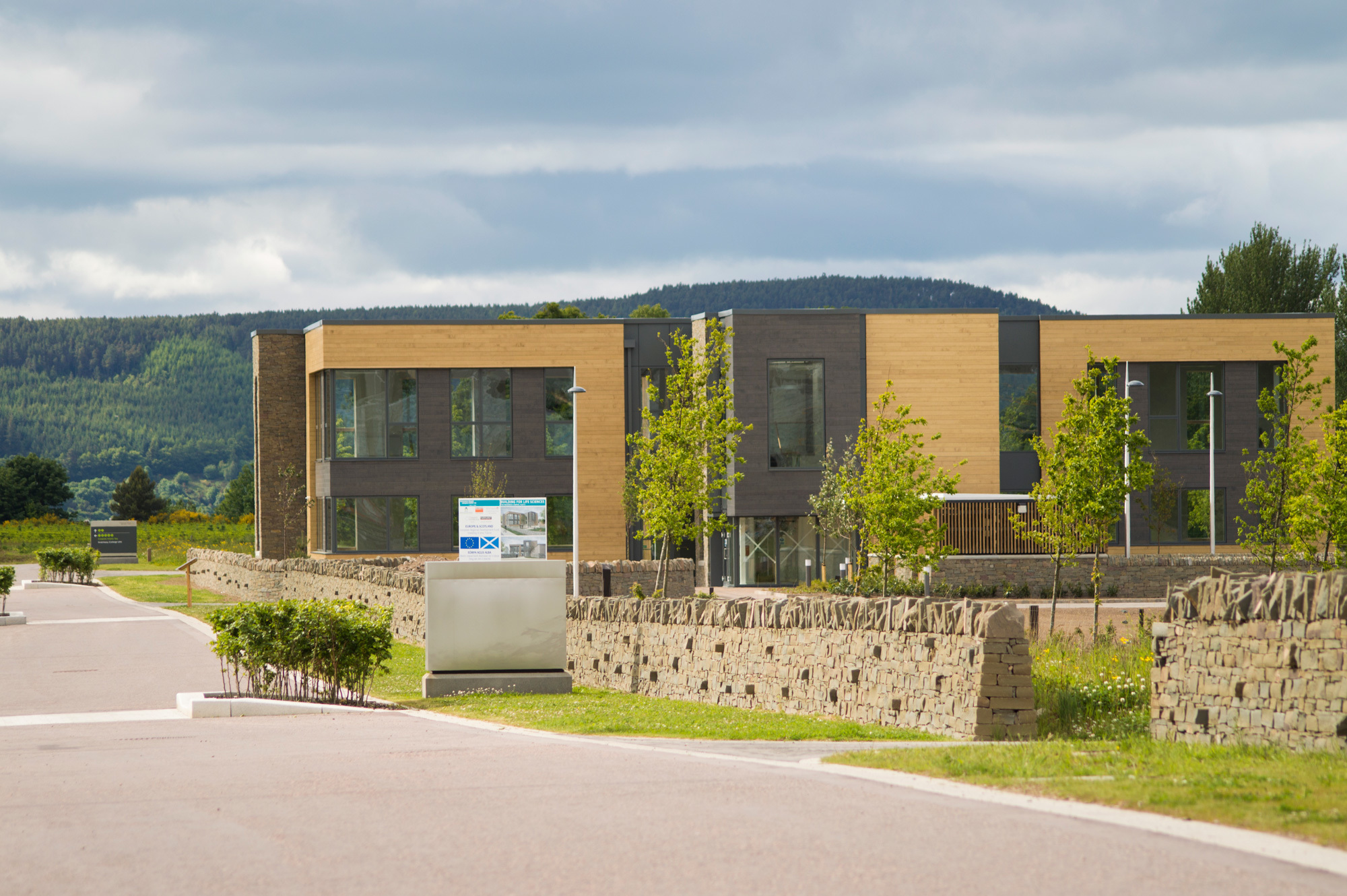 Another building will go up beside the existing life sciences building at Inverness Campus