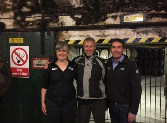 Roman Abramovich took in the Laphroig distillery  while visiting Islay