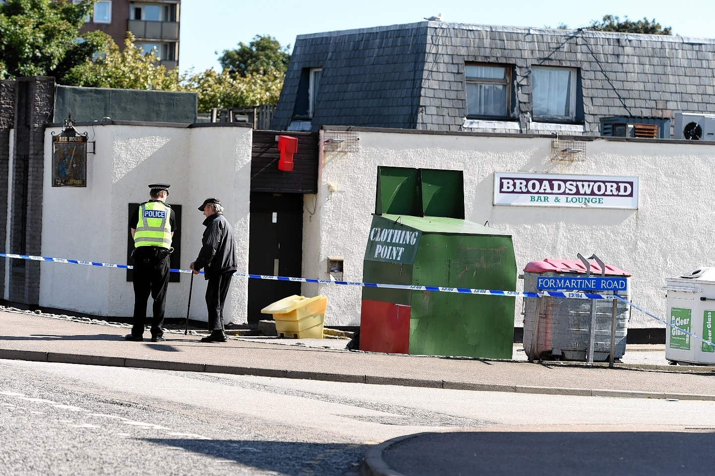 Police outside the Broadsword Bar on Hayton Road, Aberdeen