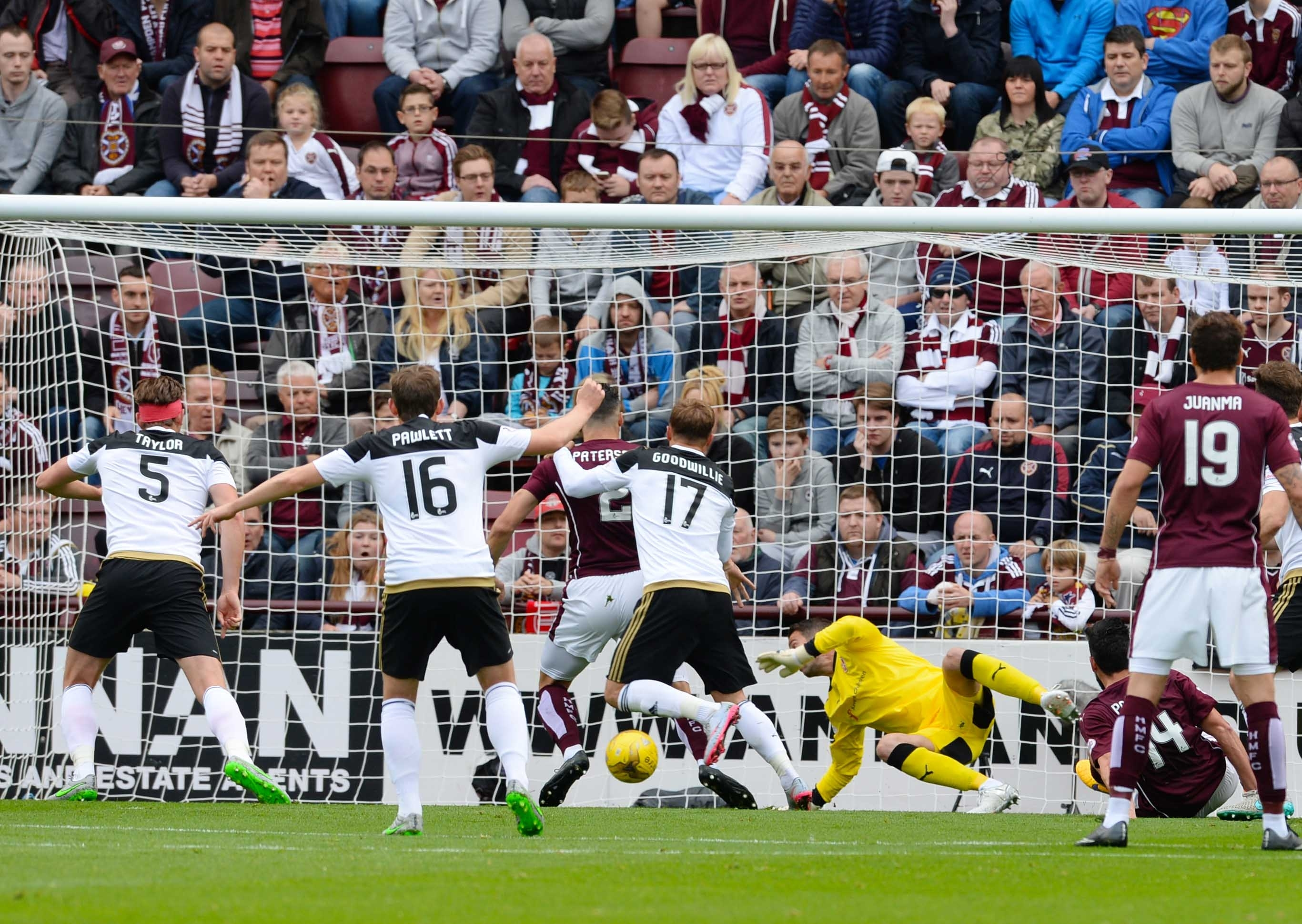 The Dons won 3-1 against Hearts at Tynecastle earlier this season.