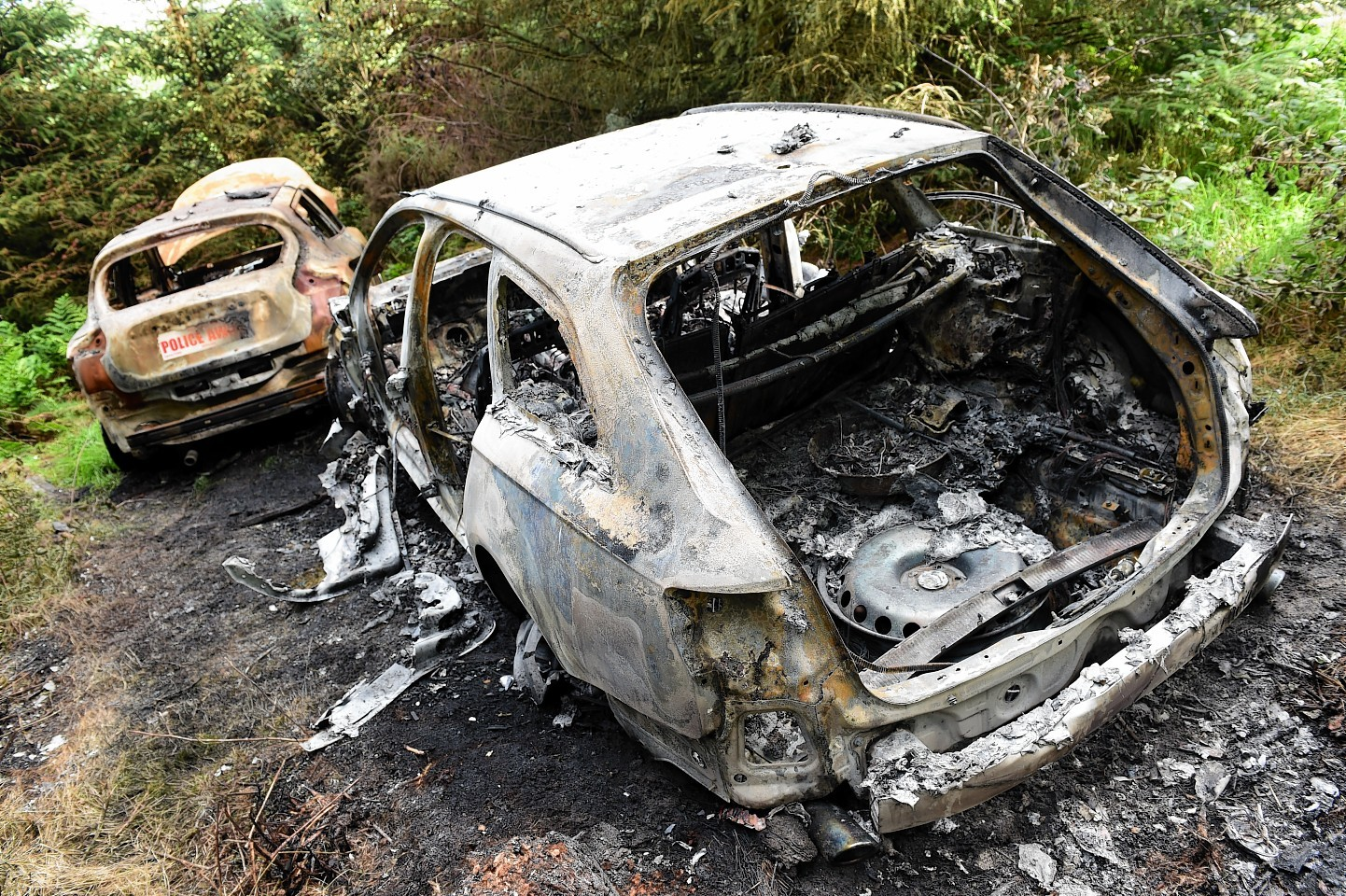 Two car stolen and burned in Hazlehead, Aberdeen