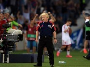 Scotland manager Gordon Strachan reacts to his team losing to Georgia