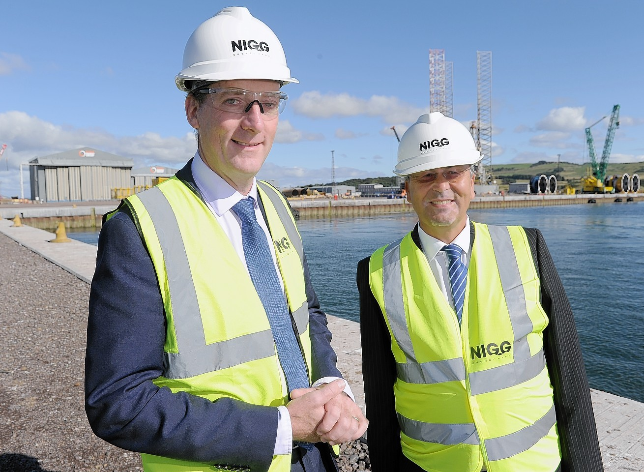 Andy Samuel, CEO of the UK Oil and Gas Authority with Roy MacGregor. (right) Global Energy Group Chairman.