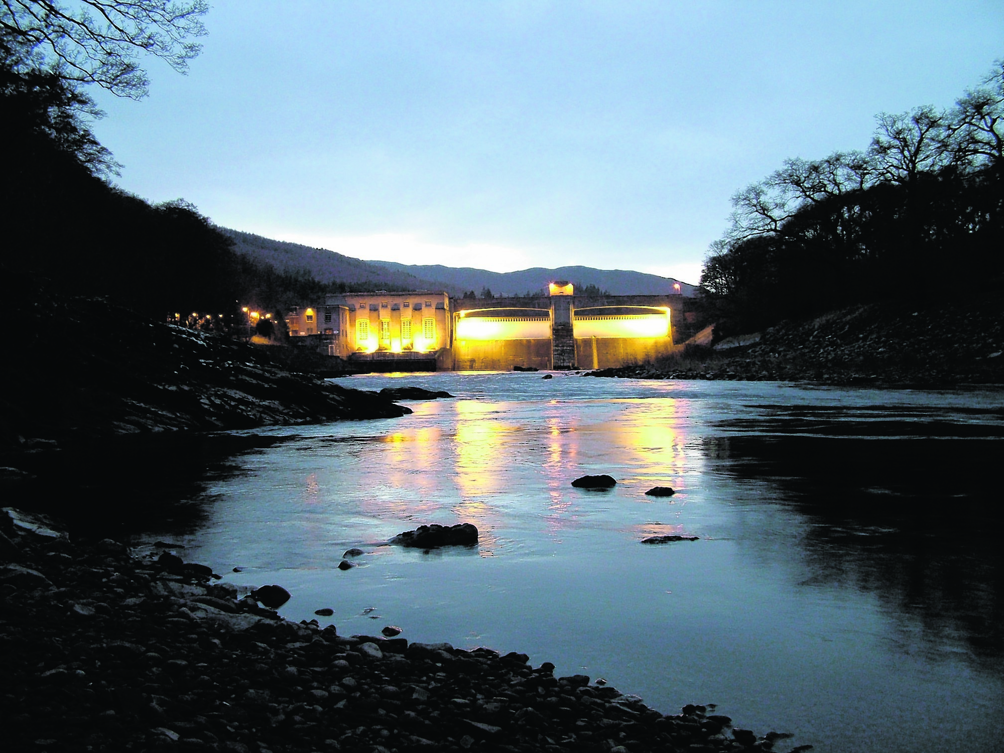 Pitlochry Dam attracts  500,000 visitors each year