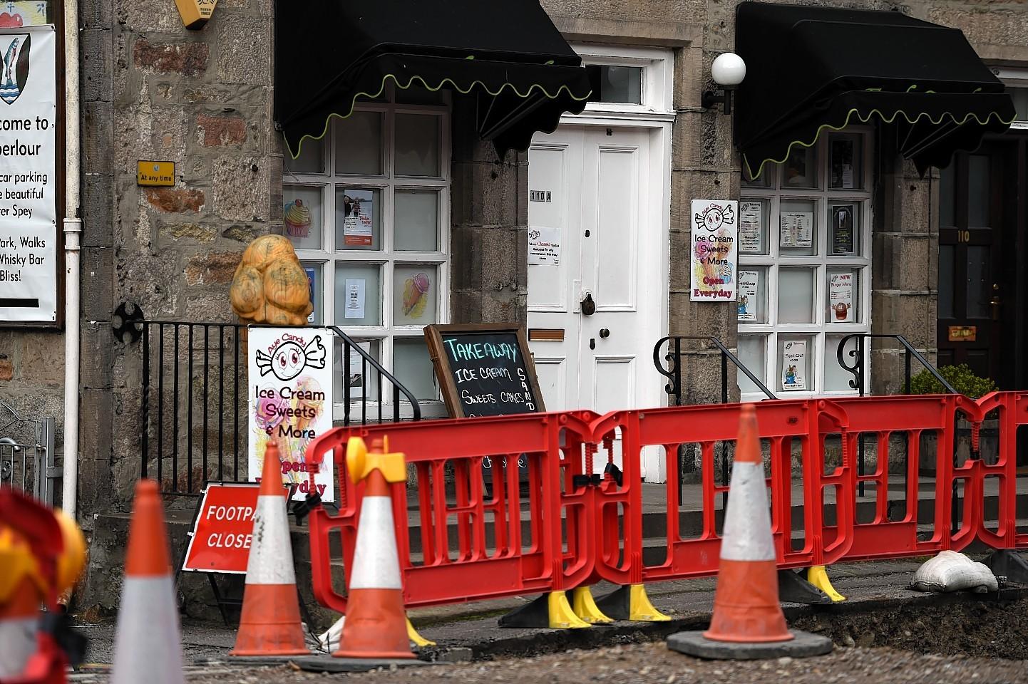 Roadworks in Main Street, Aberlour.Picture by Gordon Lennox 25/10/2015