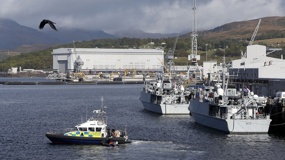 MP Ian Murray has said UK and Scottish Labour could adopt different views on the Faslane-based Trident programme
