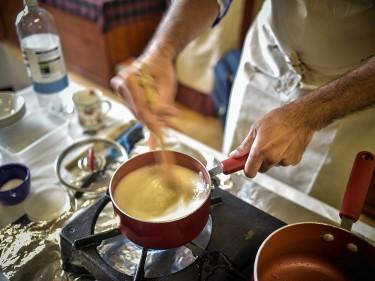 Hamlyns produces porridge oats .