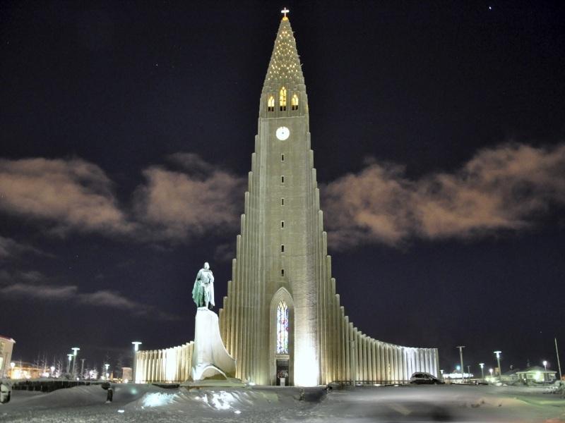 SB- Iceland-Church of Hallgrímur