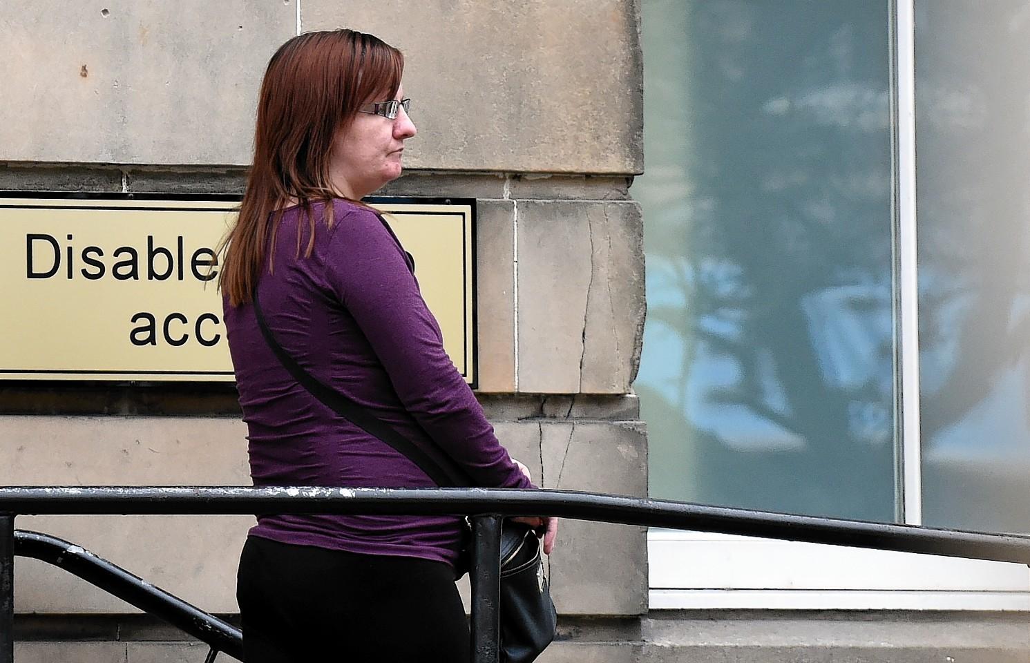 Tracy Beattie leaving Elgin Sheriff Court