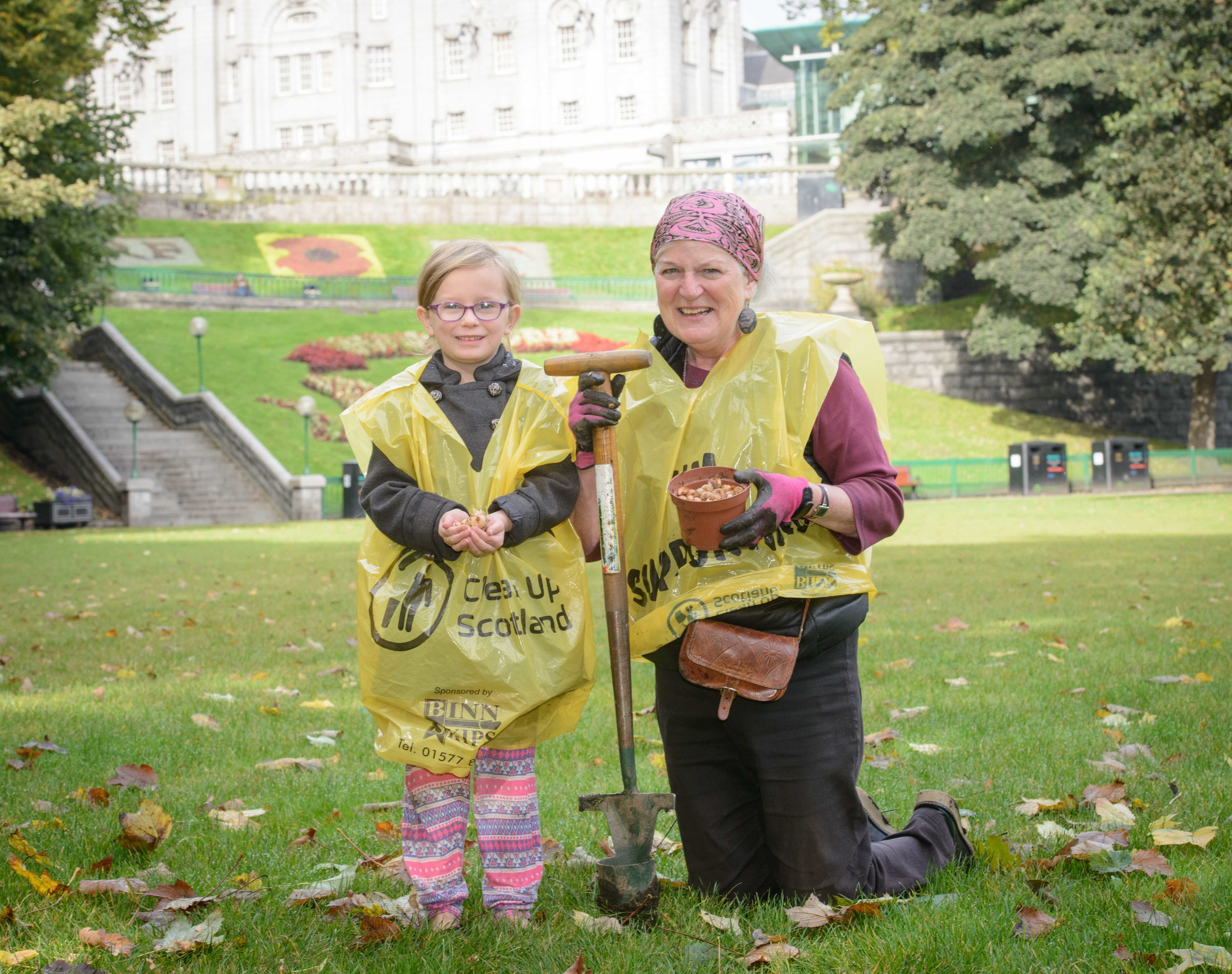Green-fingered volunteers helped plant around 50,000 bulbs at Union Terrace Gardens
