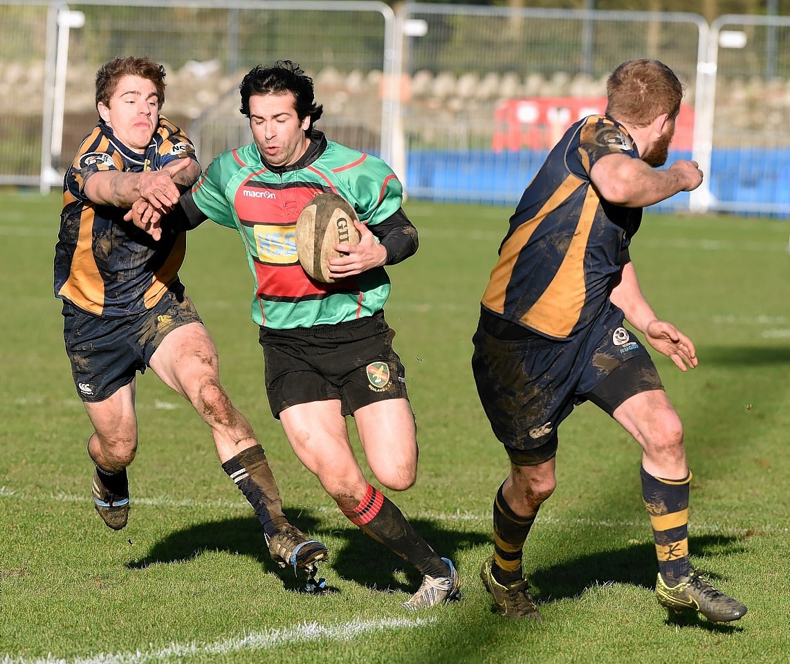 Gordonians remain top of the league despite the heavy loss