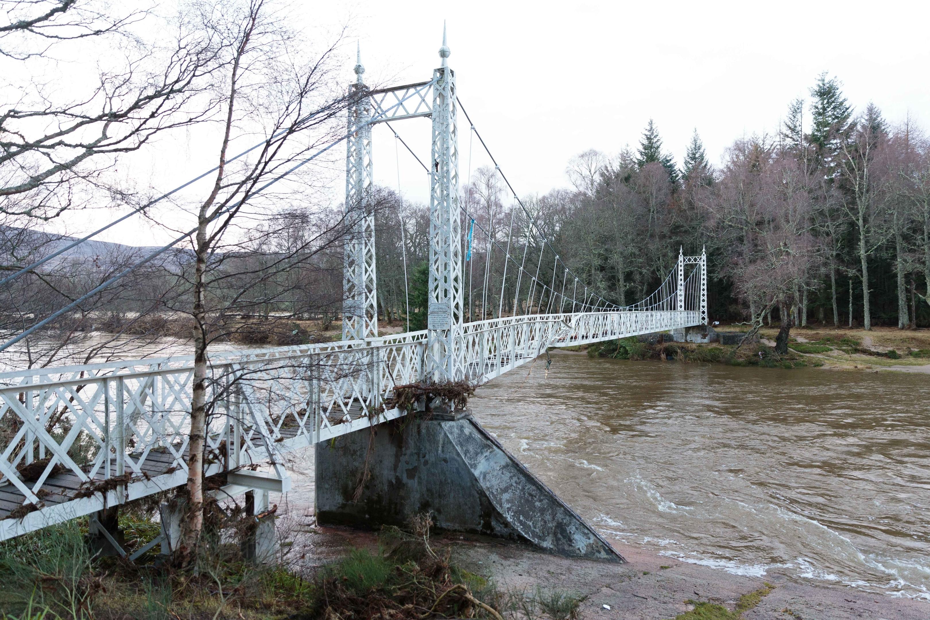 The Bridge at Cambus O'May, bent but still standing