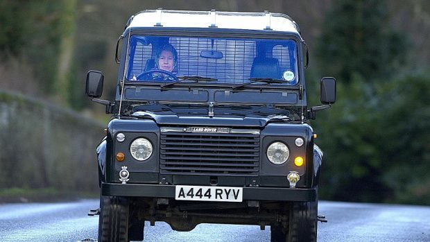 Land Rover gathering at Balmoral for pride and joy compeion ...