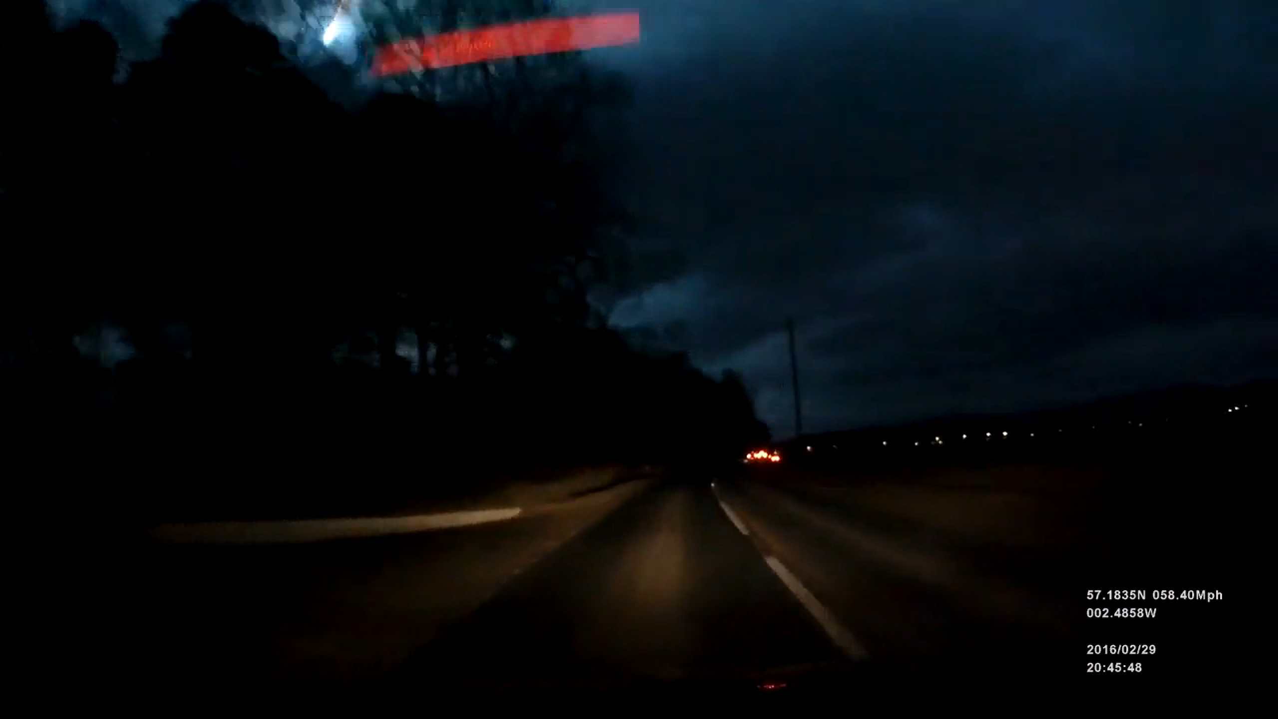 Spot the meteor in the top left of this dashcam footage in Aberdeenshire
