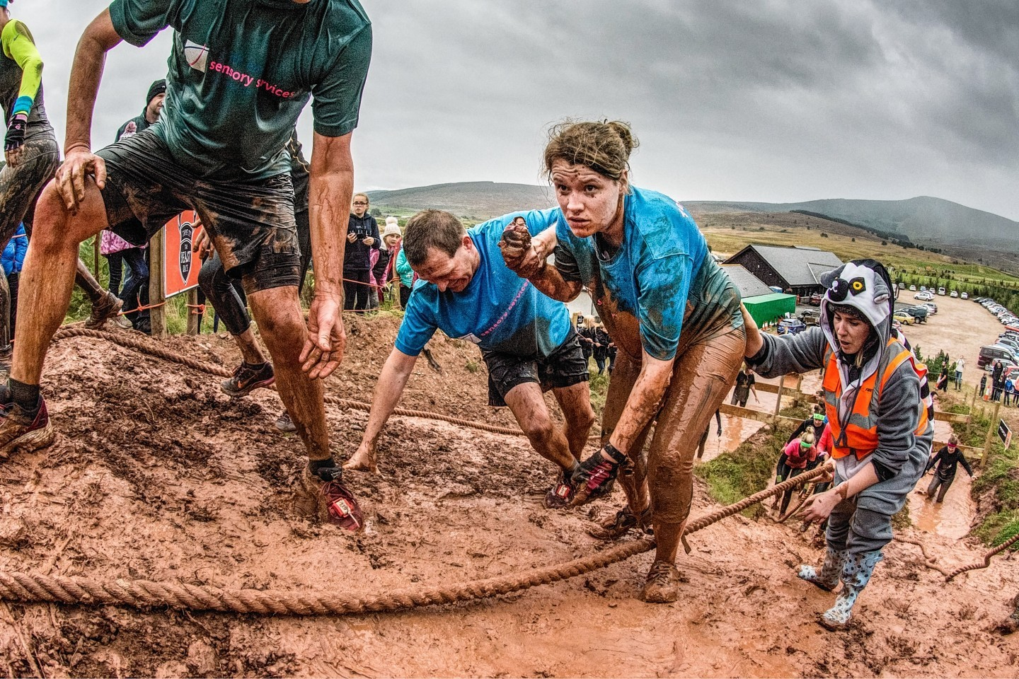 Pictures Thousands Take On Gruelling Banchory Beast Race