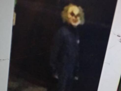"A ""killer clown"" spotted at Penn State University (Twitter/BarstoolPSU)"