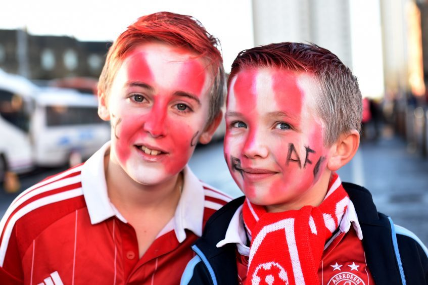 Betfred Cup final 2016 at Hampden Park. Aberdeen v Celtic.  Picture of (L-R) Kyle Paterson, 12, Nathan Fothergill, 9.  Picture by KENNY ELRICK     27/011/2016