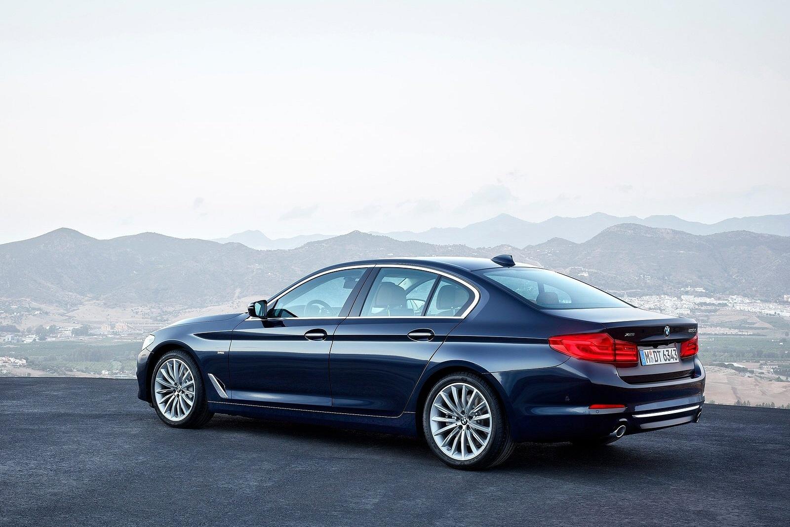 BMW5Series1016(3)