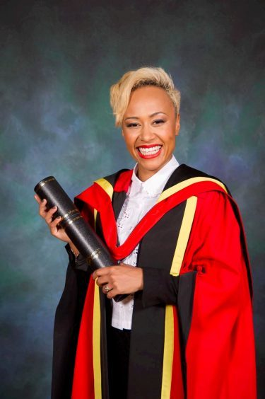 Emeli Sande with her honorary degree from the University of Glasgow in 2013.