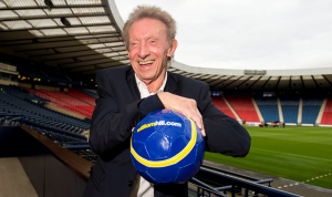 Denis Law to return to Aberdeen next month for Freeman honour