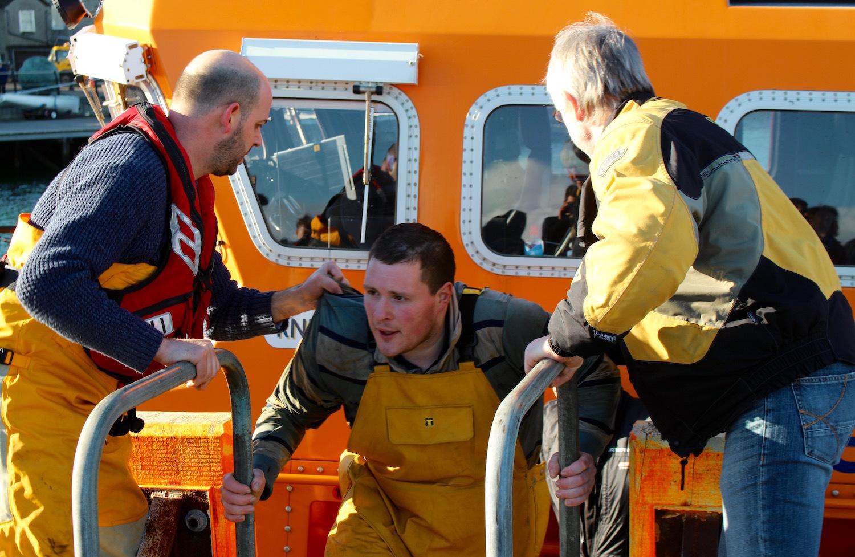 Shetland lifeboat rescue