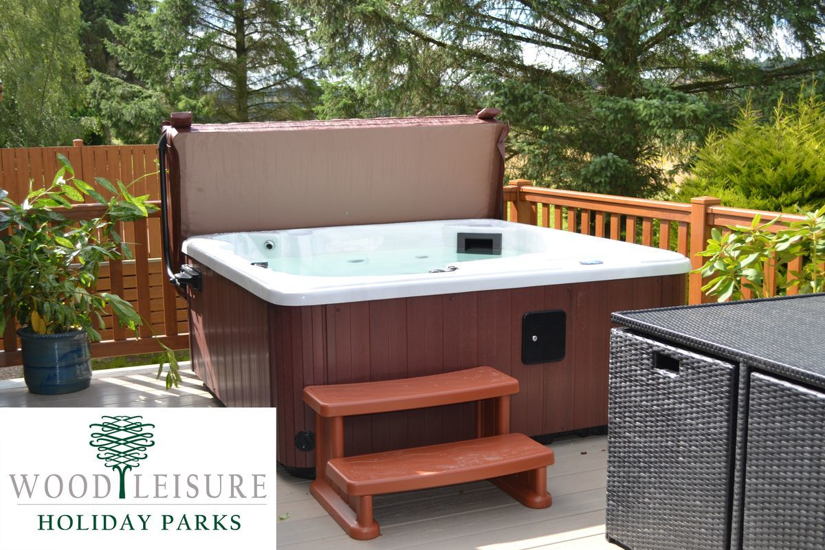 wood leisure hot tub with logo2