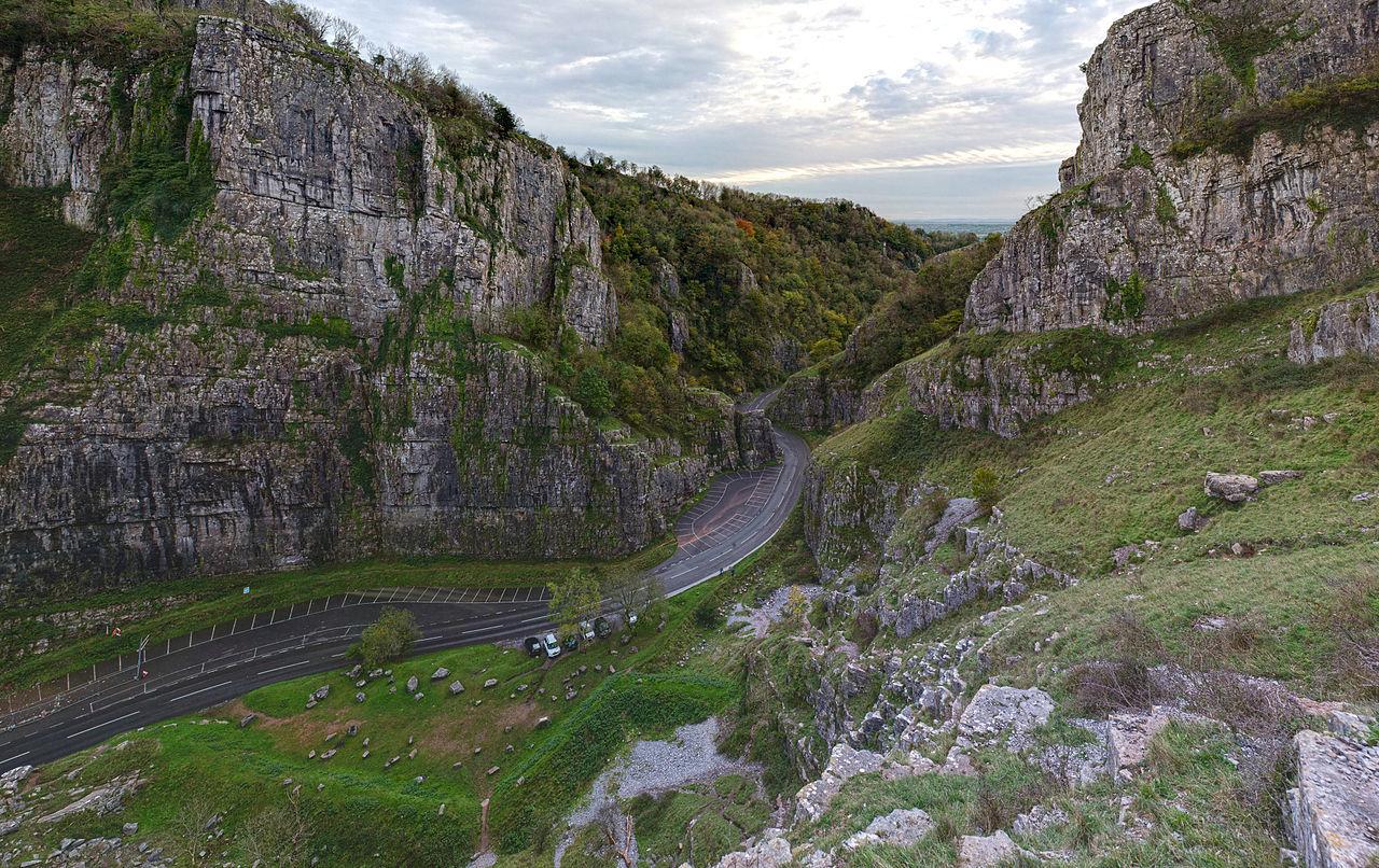 Cheddar_Gorge,_Somerset,_UK_-_Diliff