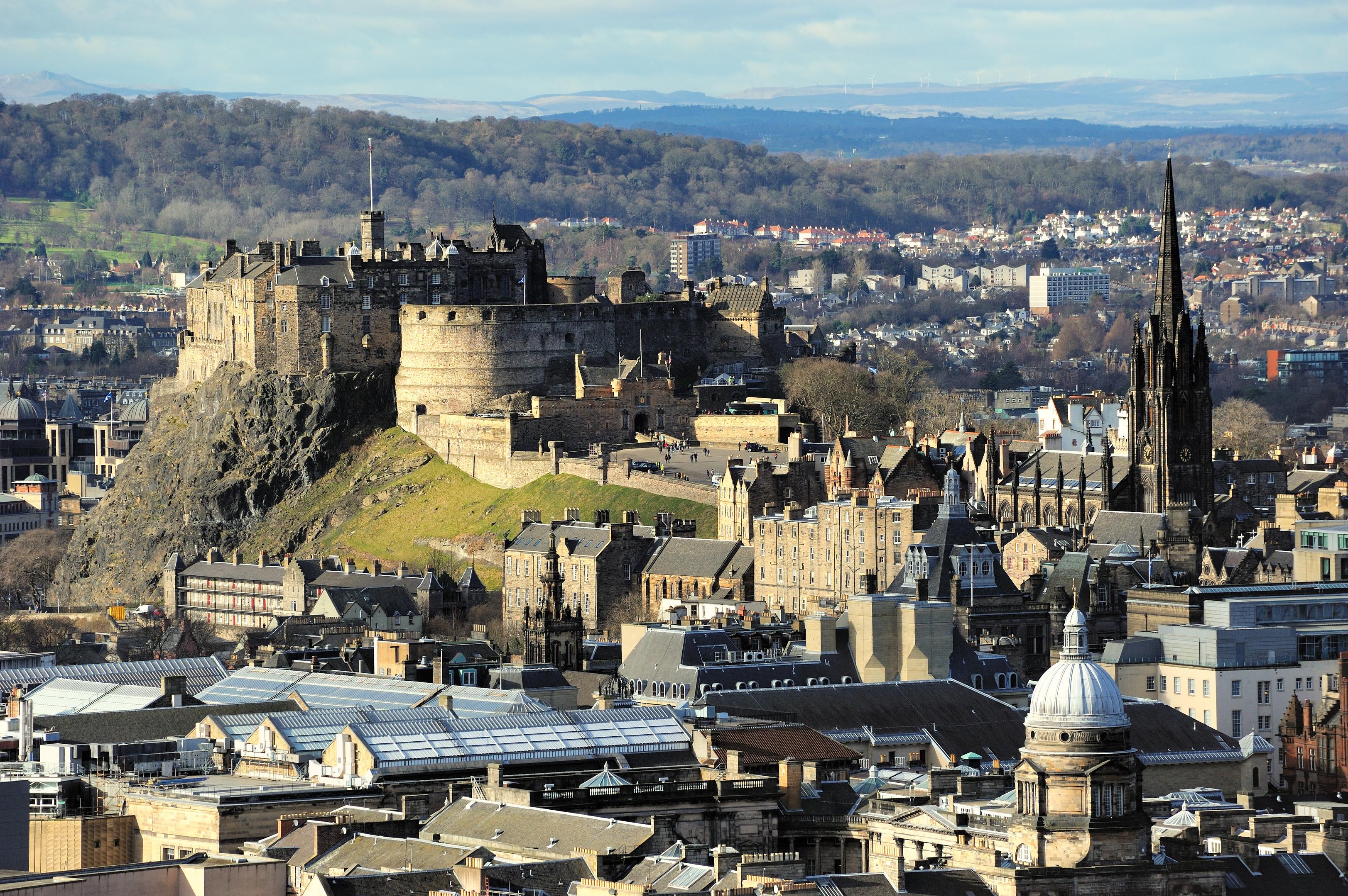 Edinburgh_Castle_Rock