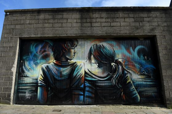 Alice Pasquini (IT) on Shiprow.