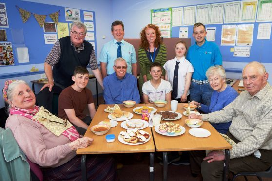 Black Isle Cares, Fortress Academy lunch.Black Isle Cares, Fortress Academy lunch. Back Left to Right, Brian Devlin,BIC, Alastair Ferans (Fortrose Acad), Ruth Mantle, NHS Highland, Orla Mackenzie and Fraser Thomson, High Life Highland. (Front) Joyce Carpenter, Brooklyn Sutherland, Peter Furniss, Cory MacRitchie, Shona Anderson and Adam Anderson.