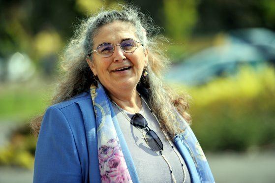 Anne Betty Glen - Independent