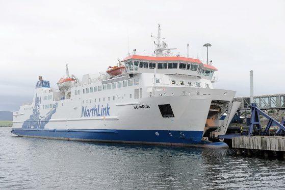The MV Hamnavoe sails between Scrabster and Stromness