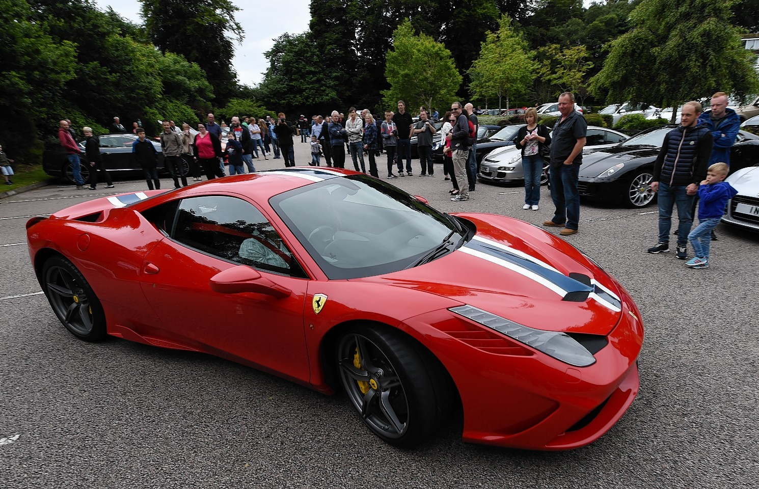 Super cars flock to the north east for charity press and for How to buy a car from charity motors