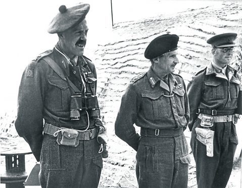 Major General Wimblerley (left) with  Lt General Sir Bernard Montgomery (centre) at the Battle of El Alamein.