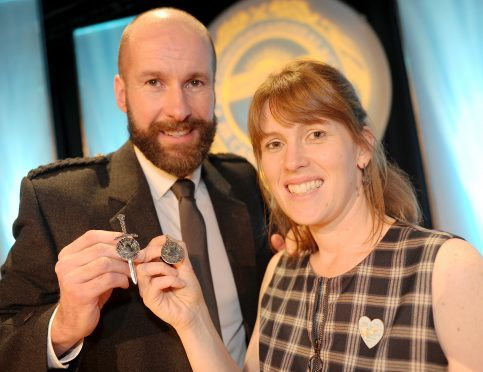 Silver Pendant winners Coinneach MacLeod of Glasgow and Ishbel Campbell of Tiree with their respective awards. Picture by Sandy McCook.