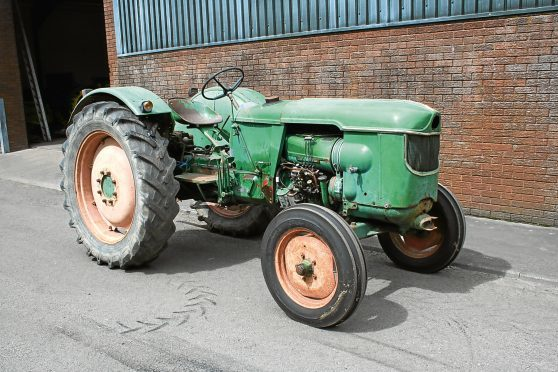 Agriculture/farming Parts Catalog Deutz Farmer Tractor From 1950 Business, Office & Industrial Operating Instructions
