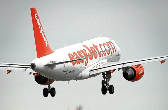Collapse of rivals boosts easyJet growth
