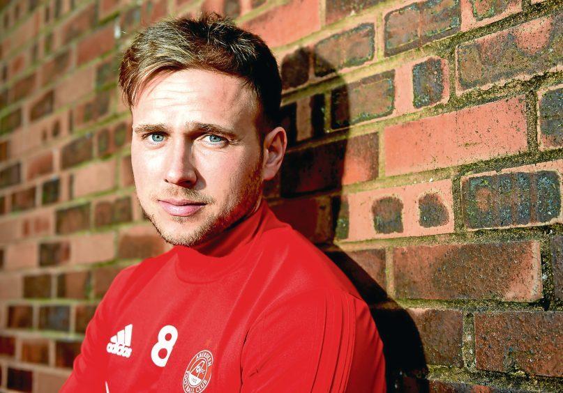 Greg Stewart returns to Aberdeen on loan deal until the end of the season