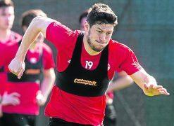 Aberdeen receive third Hull City bid for Scott McKenna