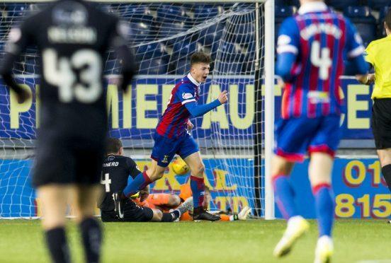 Inverness Daniel McKay (C) celebrates his goal
