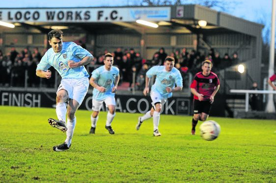 Penalty by Fraserburgh no 11  Paul Campbell. Picture by Colin Rennie.