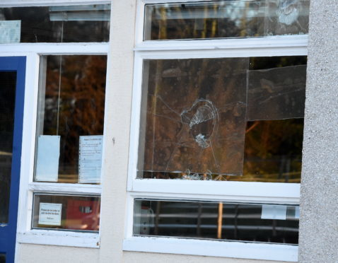 Locator of Banchory primary school, Banchory where vandals smashed in some windows.