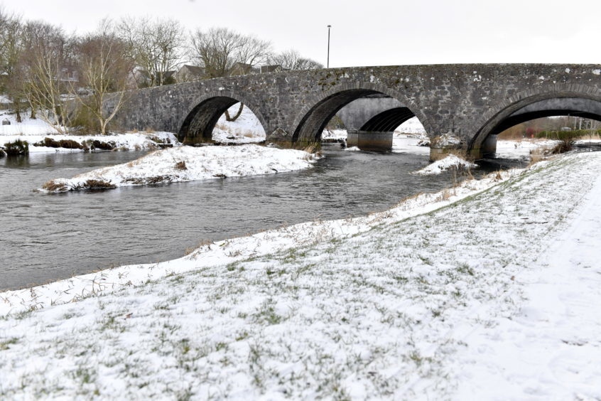 WEATHER ; 