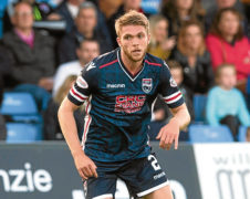 Staggies must cope with weight of expectation, says Fraser