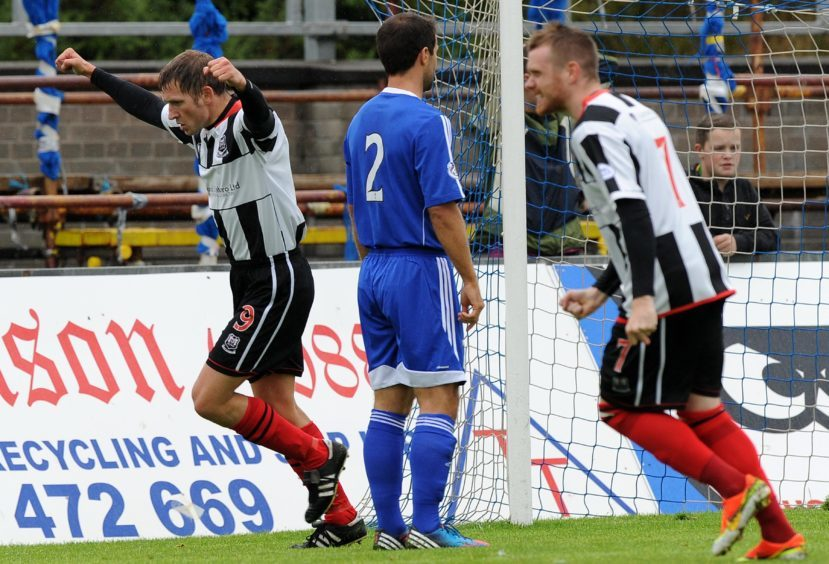Wyness scoring for Elgin against one of his many former clubs.